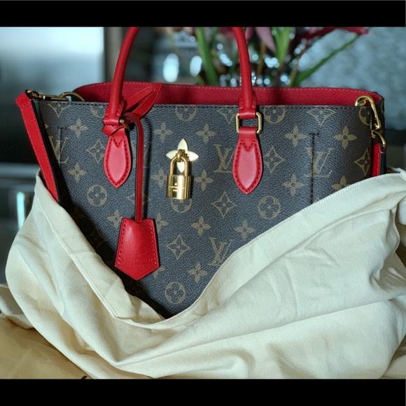 1f89b06e4a92 Louis Vuitton Handbags - Louis Vuitton flower tote mng coquelic M43551